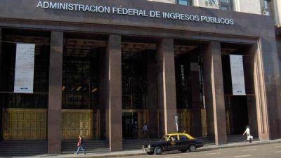 Los 100 impuestos, tasas y contribuciones que destruyen la competitividad de Argentina
