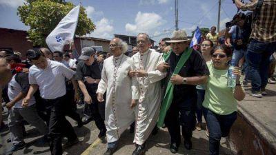 Nicaragua: agredidos el Nuncio, el Arzobispo y el Auxiliar de Managua