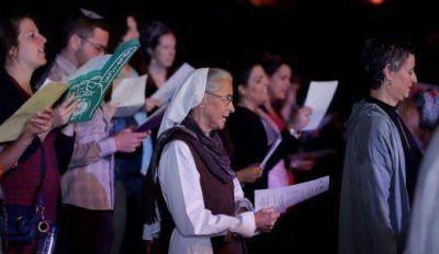 """Judíos, cristianos y musulmanes se unieron para cantar """"One Love"""" en Jerusalén"""