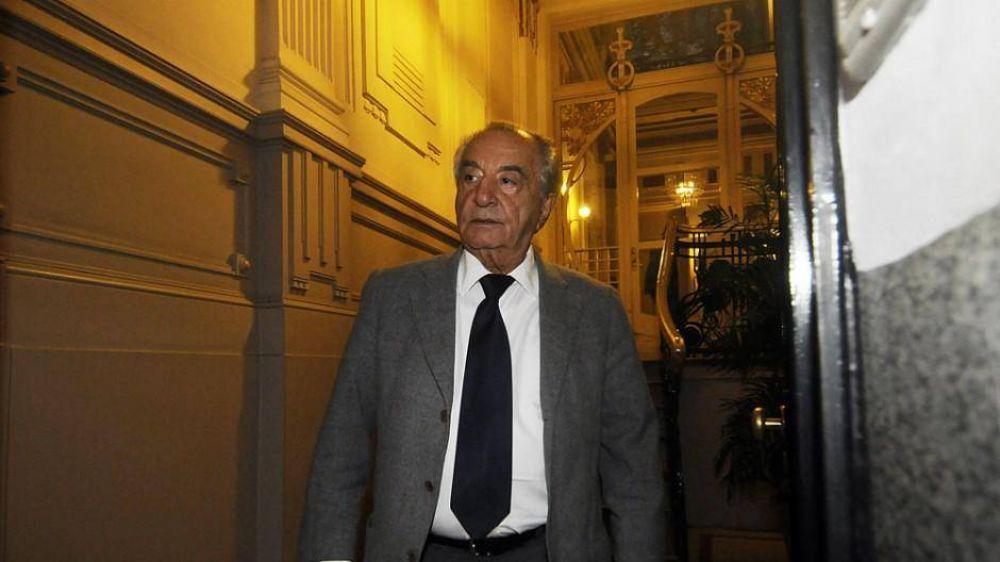 El candidato de Coto le traba la reelección a Cavalieri