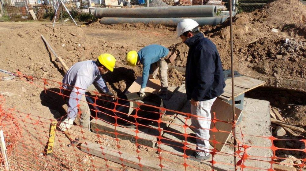 ASSA ejecutó el 50% de la nueva infraestructura cloacal en Esperanza