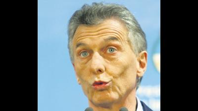 Amplían la denuncia contra Macri