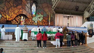 Mendoza consagró a la Virgen de Luján su compromiso con la causa de la vida