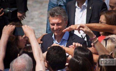 En plena crisis del sector pesquero, Macri se reúne en Mar del Plata con empresarios y gremios