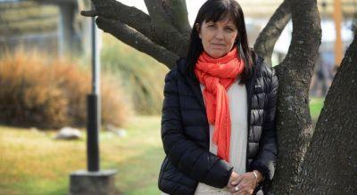 Antiabortistas, contra Osde por invitar a la escritora Claudia Piñeiro