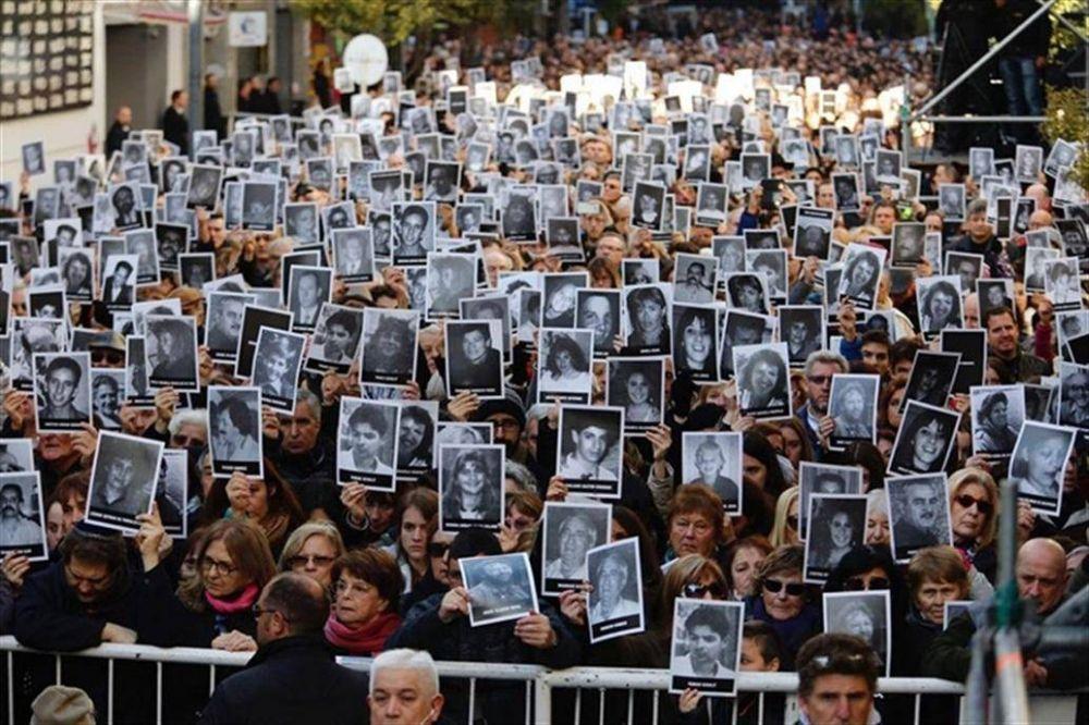 AMIA: Macri no irá al acto, pero recibirá a directivos de la entidad