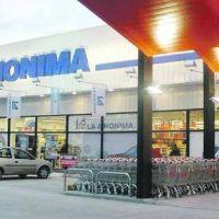 La Anónima: tasas altas limitan margen para financiar compras