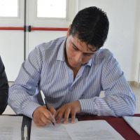Vidal viaja a Buenos Aires buscando aumento salarial y reactivación de la industria