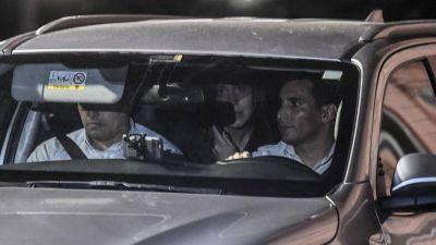 Bajo presión, Vidal negocia con Macri el