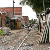 Más de la mitad de los niños que viven en el Conurbano son pobres