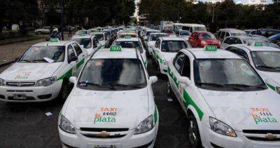Tacheros platenses pararán ante la posibilidad de la legalización de Uber en la Provincia