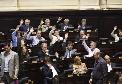 Contaduría en mano, el massismo igual pega fuerte: la mira en el Bapro y el Tribunal de Cuentas