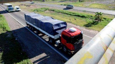 Por baja de consumo cae 30% el transporte de cargas