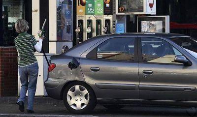 El margen del gasóleo aumentó un 12,5% en junio y el de la gasolina un 11,5%.