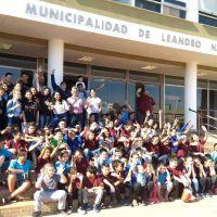 Niños y jóvenes de king's kid's visitaron edificio municipal