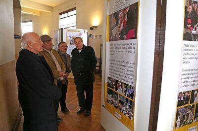 Inauguran exposición sobre la visita del Papa Francisco a Chile