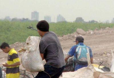 El CEAMSE desmiente que hayan prohibido ingreso de recicladores al predio del basural
