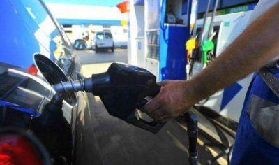 """Desde la Cámara de Expendedores de Combustible de La Rioja dijeron que no cayeron las ventas a pesar del """"boicot"""" de los remiseros"""