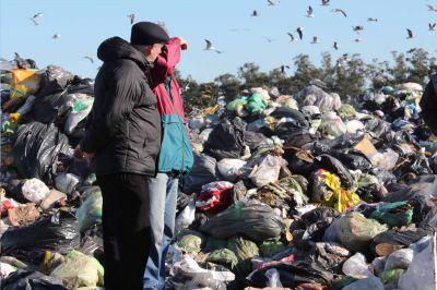 CEAMSE niega que no deje entrar al basural a recicladores