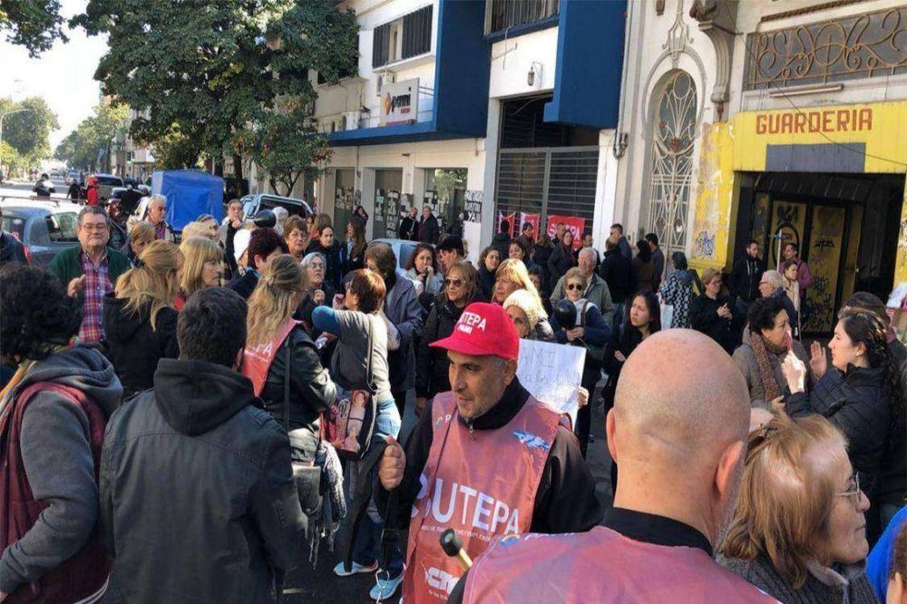 Tucumán: Trabajadores del PAMI piden auditoría e intervención del organismo