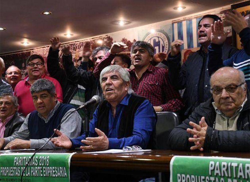 Por la guerra entre Moyano y Gobierno, los empresarios del transporte temen pérdidas millonarias y más conflictividad