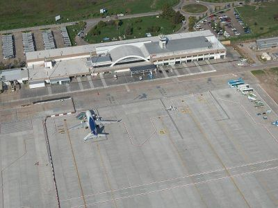 Aeropuerto: anuncian construcción de planta de combustible