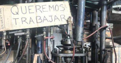 Otros 240 trabajadores podrían quedar en la calle por los tarifazos