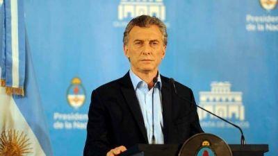 Mauricio Macri defiende a las Fuerzas Armadas, busca un peronismo moderno y reivindica su programa económico