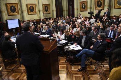 Aborto legal: el ministro Rubinstein expuso las estadísticas y le contestaron con duros ataques