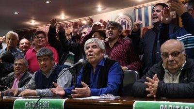 El Gobierno podría embargar las cuentas del gremio de Moyano por no pagar la multa