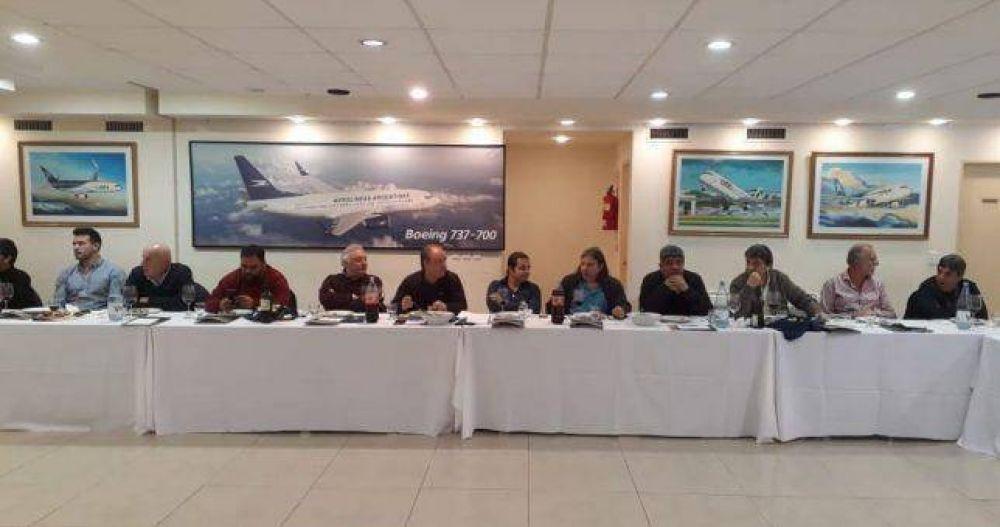 El moyanismo, la Corriente Federal, UOM y Smata cerraron filas por la renovación en la CGT