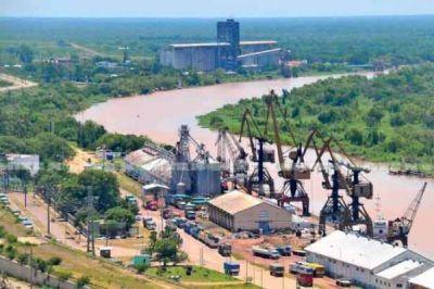 Encuentros y planes para optimizar el puerto de Barranqueras
