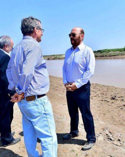 Insfrán dispuso ejecutar primeras obras del sistema hidráulico del río Pilcomayo