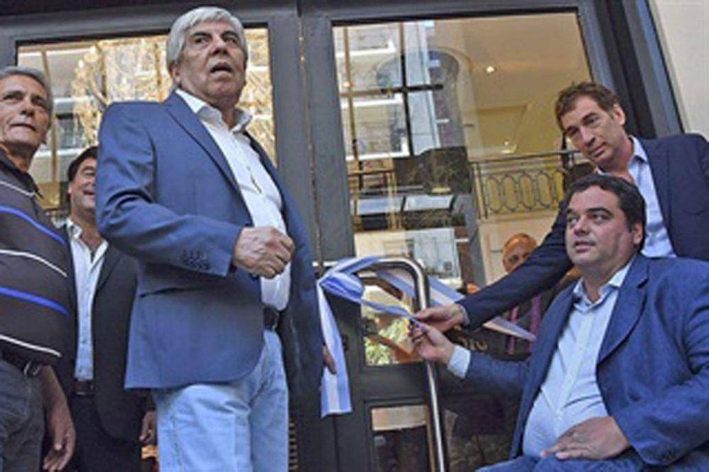 El Gobierno acelera el embargo de las cuentas del gremio de Moyano