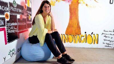 La joven que quiere profesionalizar los 2200 municipios del país