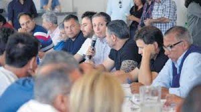 Los intendentes del PJ quieren incidir en el presupuesto nacional