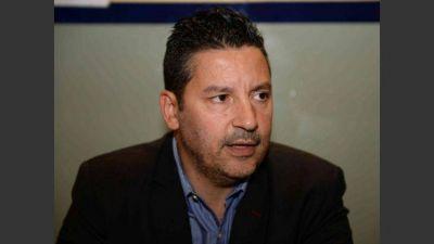 El titular del PJ bonaerense sorprendió con un apoyo a la candidatura de Felipe Solá