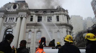 Banco Nación: ABSA asegura que las bocas de incendio se encuentran operativas