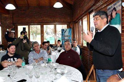 """Pablo Moyano estuvo en La Plata y adelantó un conflicto en la rama """"aguas y gaseosas"""""""
