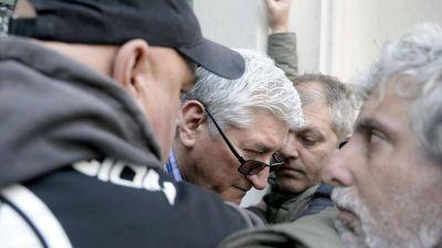 En pleno conflicto, los trabajadores del Astillero reclaman un 30% de aumento más 'cláusula gatillo'