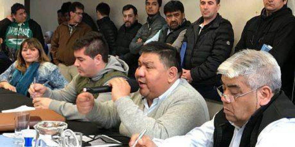 """Los petroleros contra los recortes de Nación: """"están en riesgo los trabajadores de toda la provincia"""""""