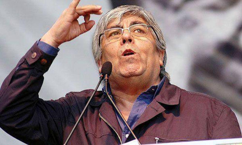 Mafia de los remedios: Moyano defendió a las obras sociales