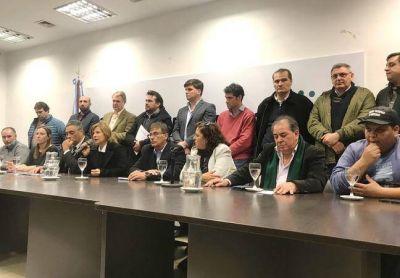 Diputados de la oposición en contra del desembarco de Uber en la provincia