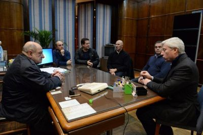 Arroyo recibió al presidente de CEAMSE en una mesa de trabajo