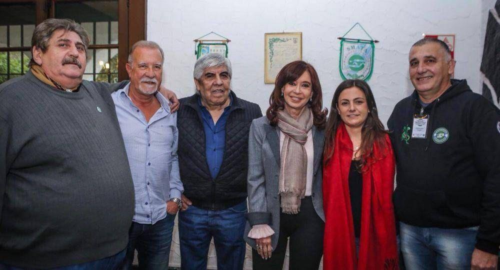Con reunión y foto, Cristina y Moyano pusieron fin a un distanciamiento de siete años