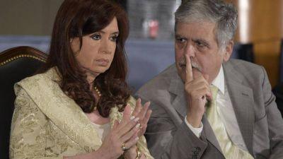 Cristina no es Lula, pero está cercada