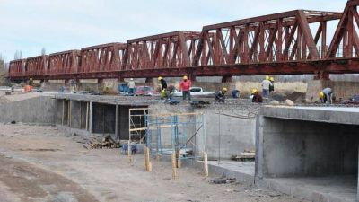 Avanza la construcción del nuevo desvío de cargas en San Rafael