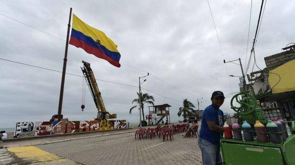 Como parte de un plan para reducir déficit fiscal el gobierno de Ecuador revisa subsidio a gasolinas