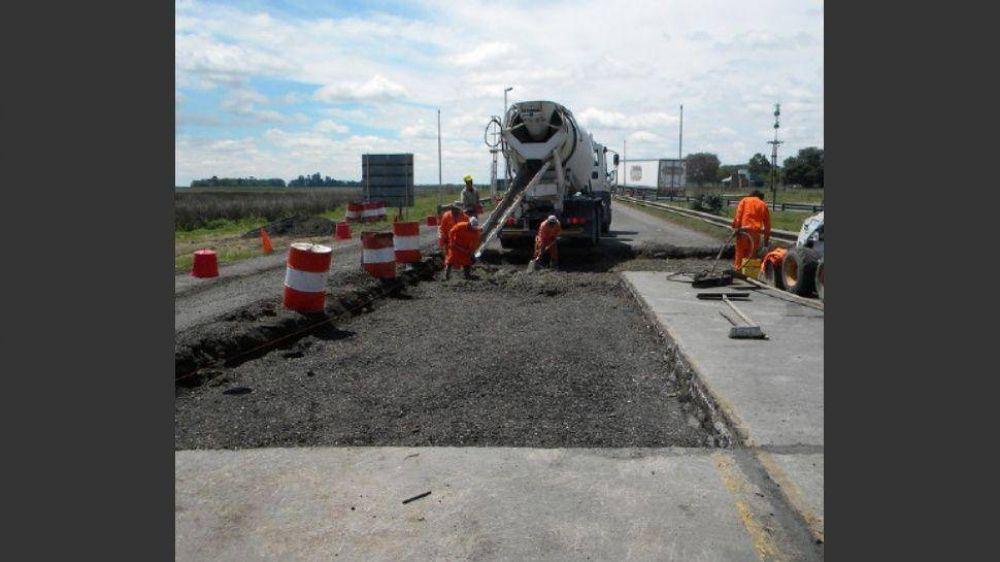Constructoras piden ajustar el precio de obras públicas tras el salto del dólar