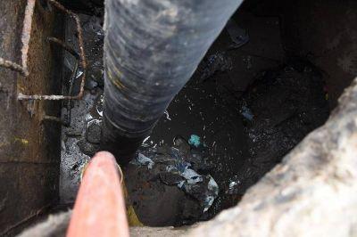 Realizarán limpieza de pluviales en la zona del puente